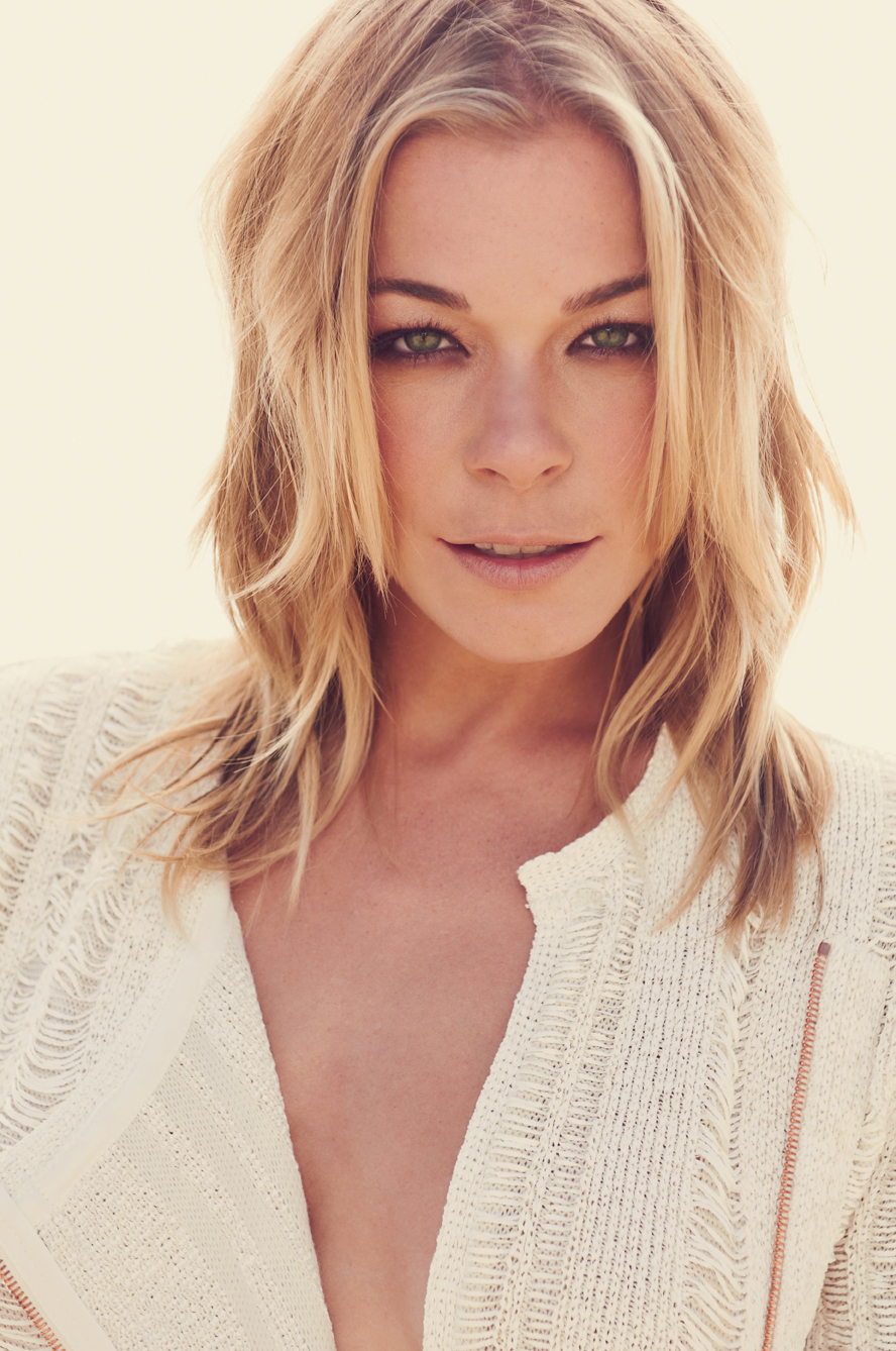 Young Leann Rimes nude photos 2019