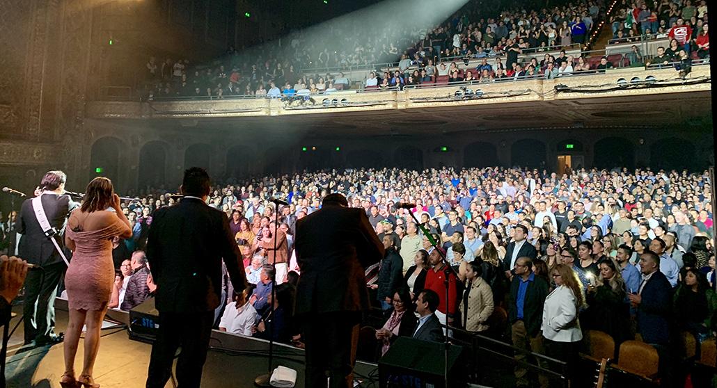 Los Angeles Azules Paramount Theatre